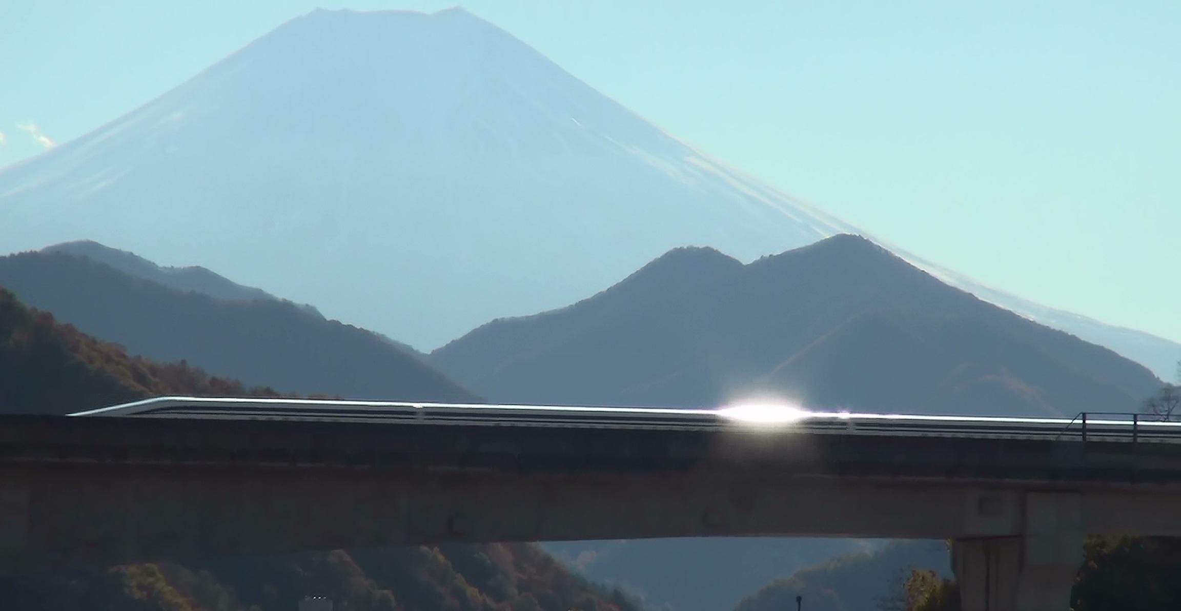 http://www.yamanashi-kankou.jp/blog/maglev_yamanashi_002.jpg