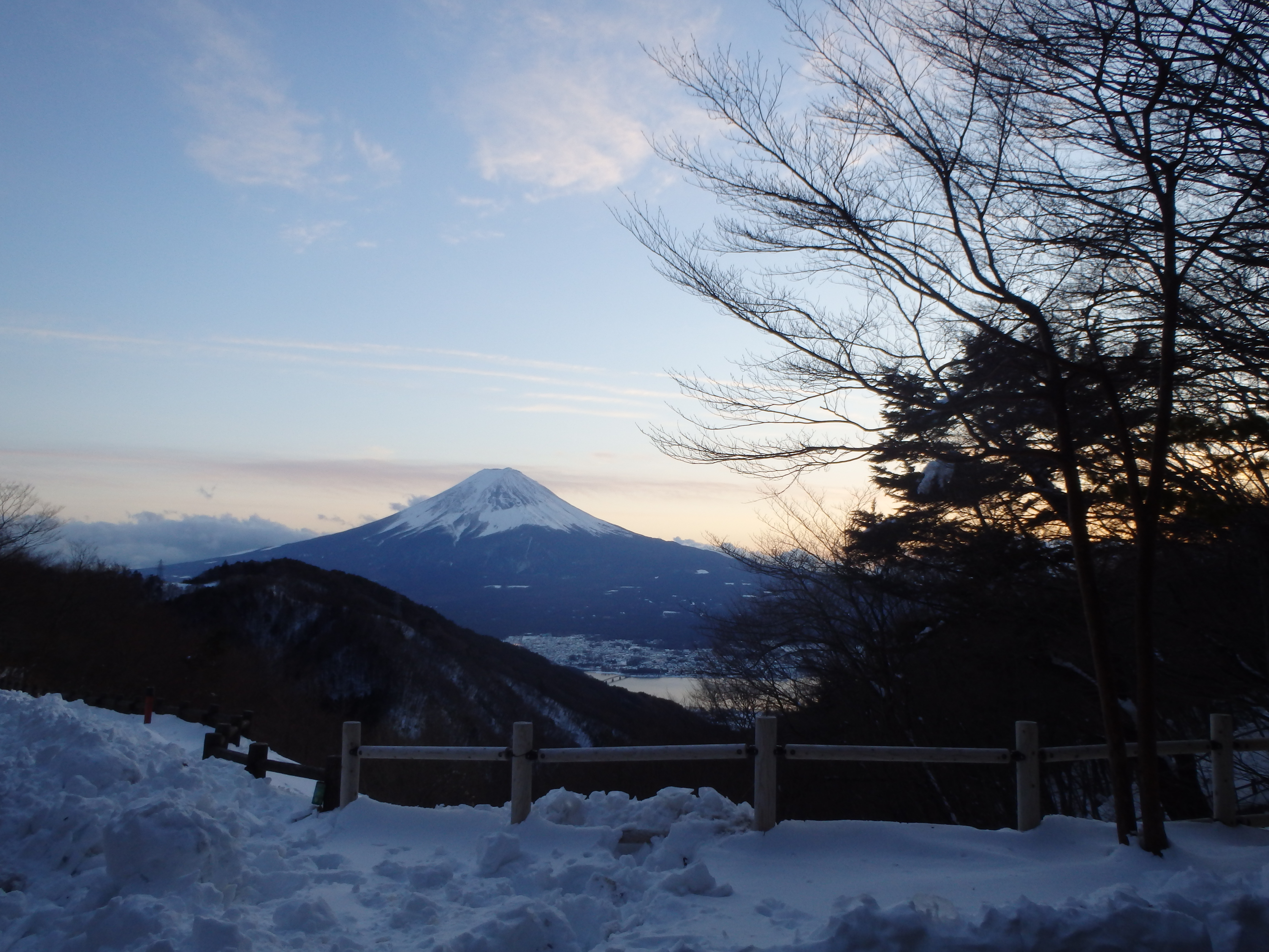 http://www.yamanashi-kankou.jp/blog/p5Y3rV_30.jpg