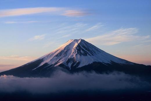 三つ峠から望む富士山