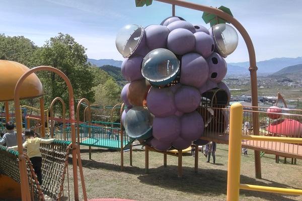 遊具が充実の公園 関連情報/富士の国やまなし観光ネット 山梨県公式 ...